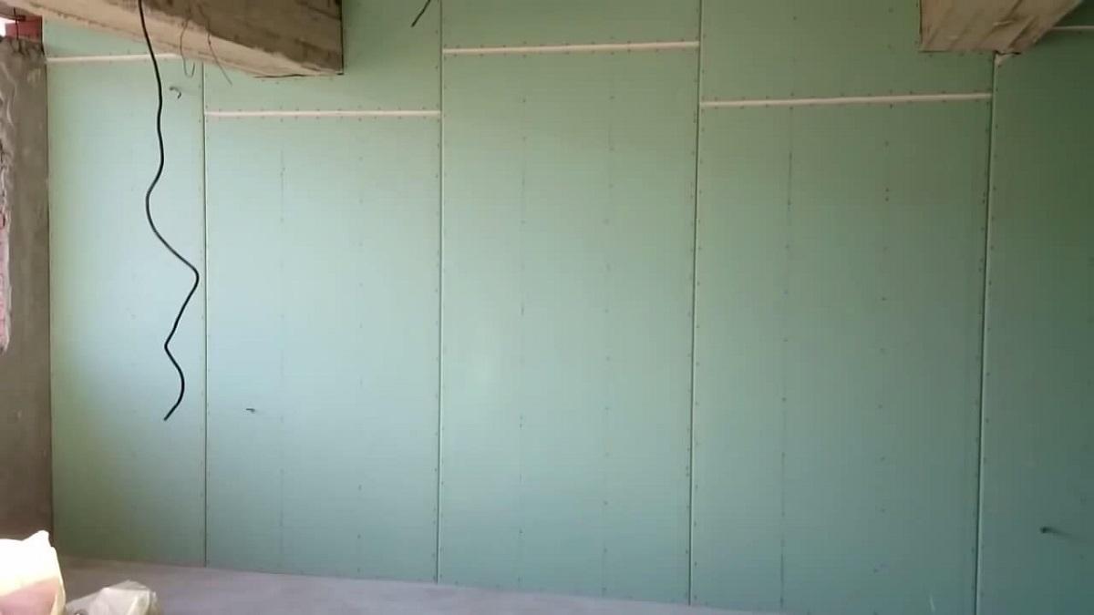 Использование гипсокартона для выравнивания стен