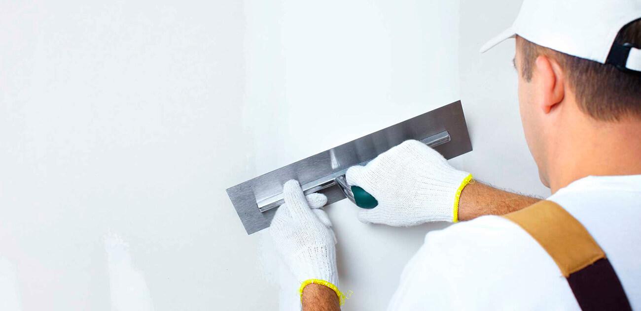 Как шпаклевать стены своими руками