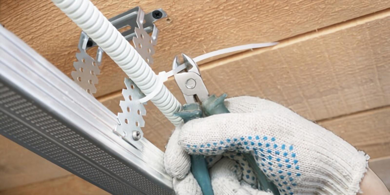 Смонтируйте проводку и шумоизоляцию