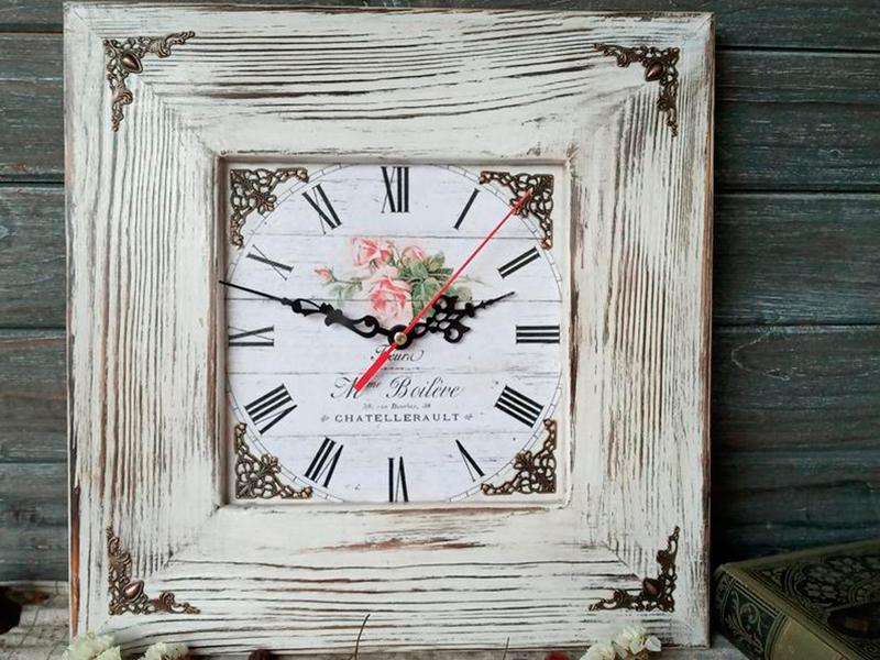 <b>Оригинальные часы</b>