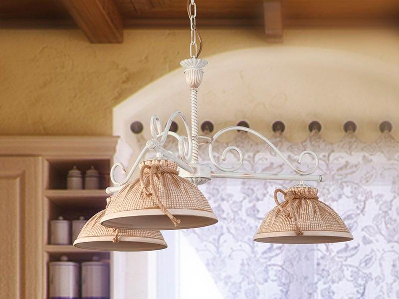 <b>Оригинальные светильники и бра</b>